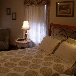 Nicki's Room at Rose and Thistle B&B